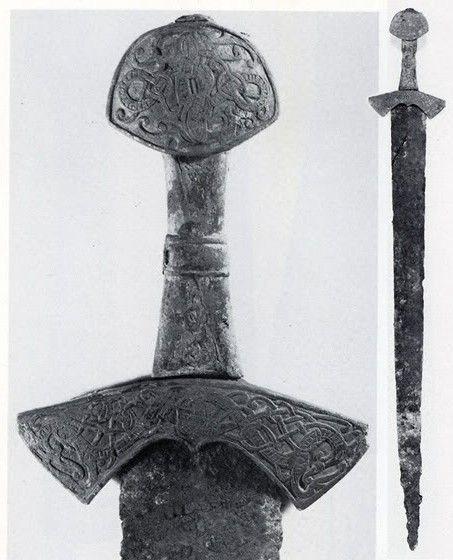 1335-viking-sword-petzaevarsuontakaprincess.jpg